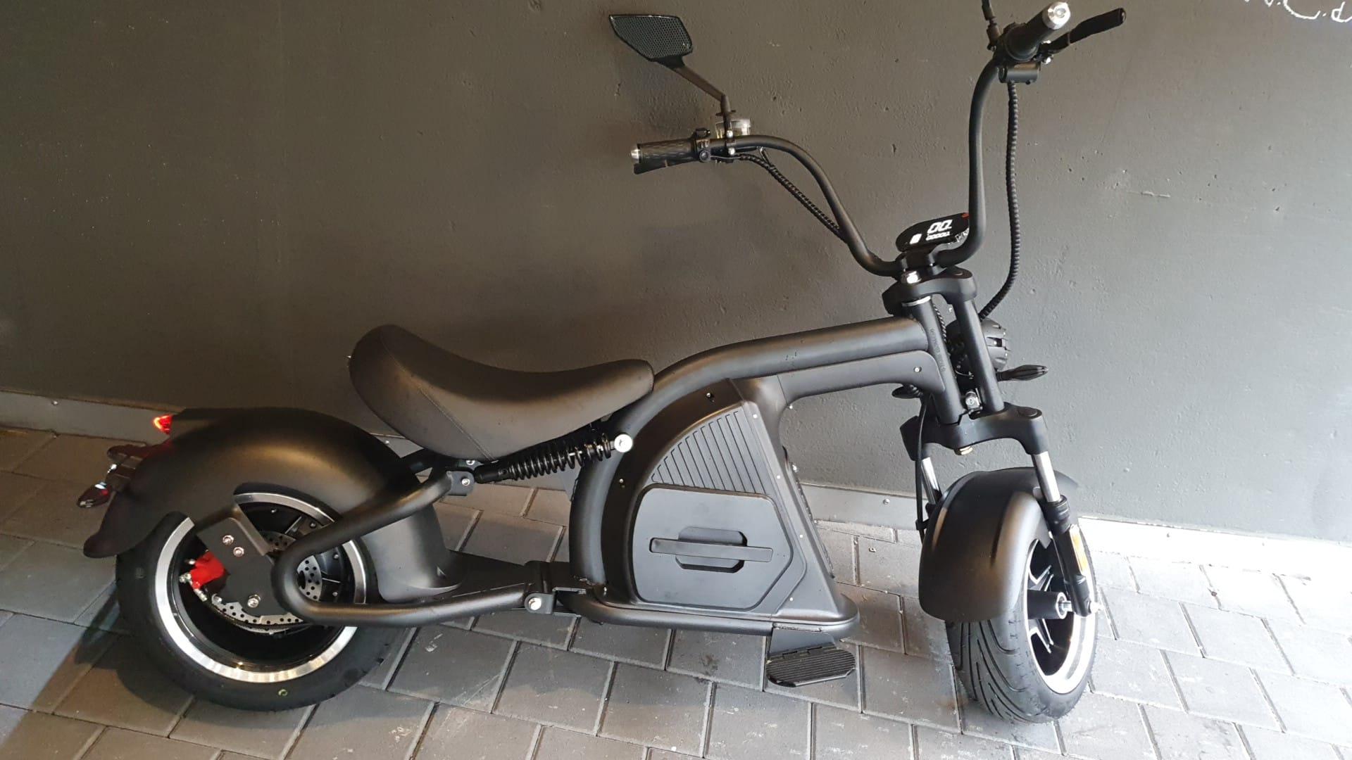 Elektro Harley Chopper M8, 20km/h oder 45km/h Version, 2000W Motor